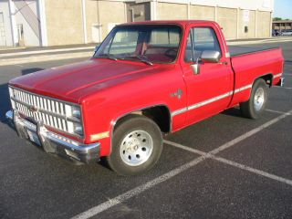 1982 Silverado Shortbox,  454 Bb Fully Loaded With Ac,  Cruise And Pw,  Rust photo
