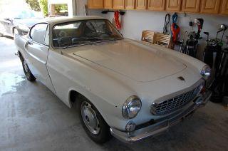 1965 Volvo P1800s photo
