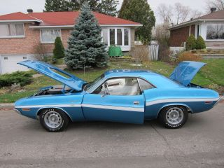 Documented 1970 Dodge Challenger Rt 440 - 6pack.  Live Videos photo