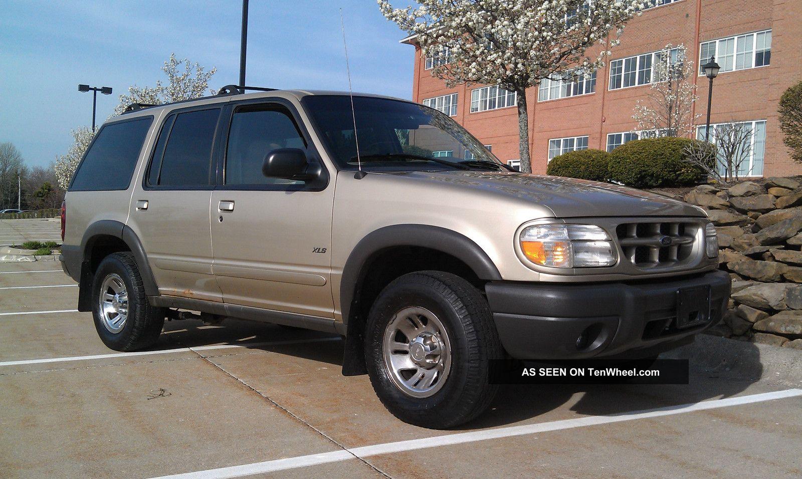2000 Ford Explorer Xls Sport Utility 4 Door 0l Needs Minor Work