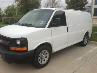 2009 Chevrolet Express 1500 Cargo Van 4 - Door 5.  3l Flex Fuel E85 Awd photo