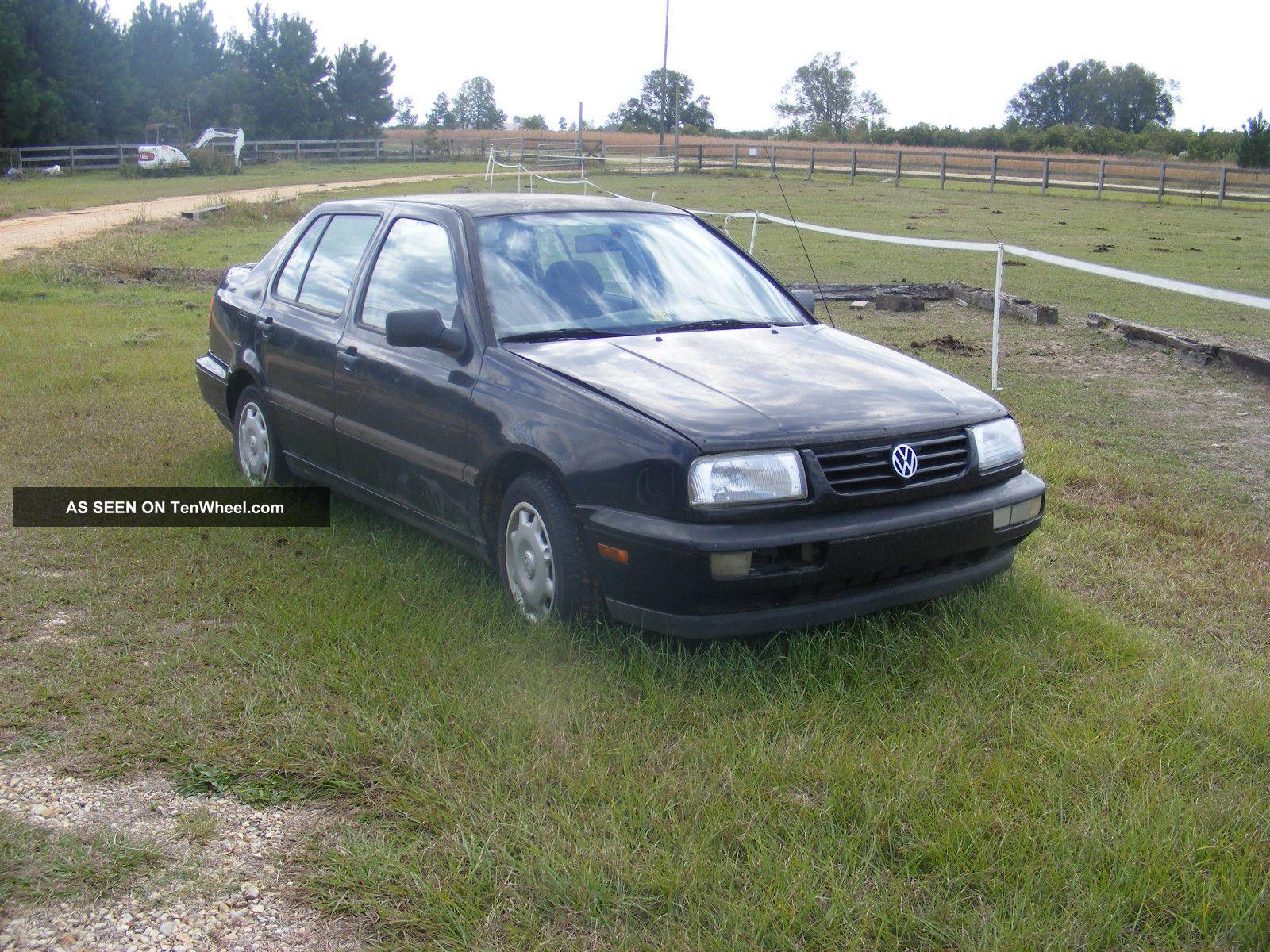 1996 Volkswagen Jetta Gl Sedan 4 - Door 2.  0l Jetta photo