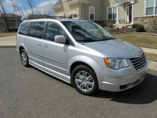 2010 Chrysler Town & Country Custom Kneeling Handicap Van photo