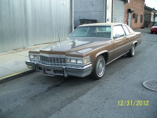 1977 Coupe Deville In / Out 425 V8 Needs Tlc Runs / Drives photo
