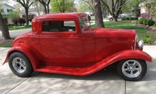 1932 Ford Red 3 Window Coupe Hot Rod photo