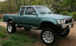 1990 Toyota Pickup Sr5 Extended Cab Pickup 2 - Door 3.  0l photo