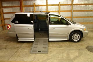 2004 Chrysler Town And Country Handicap Wheelchair Van Entervan photo