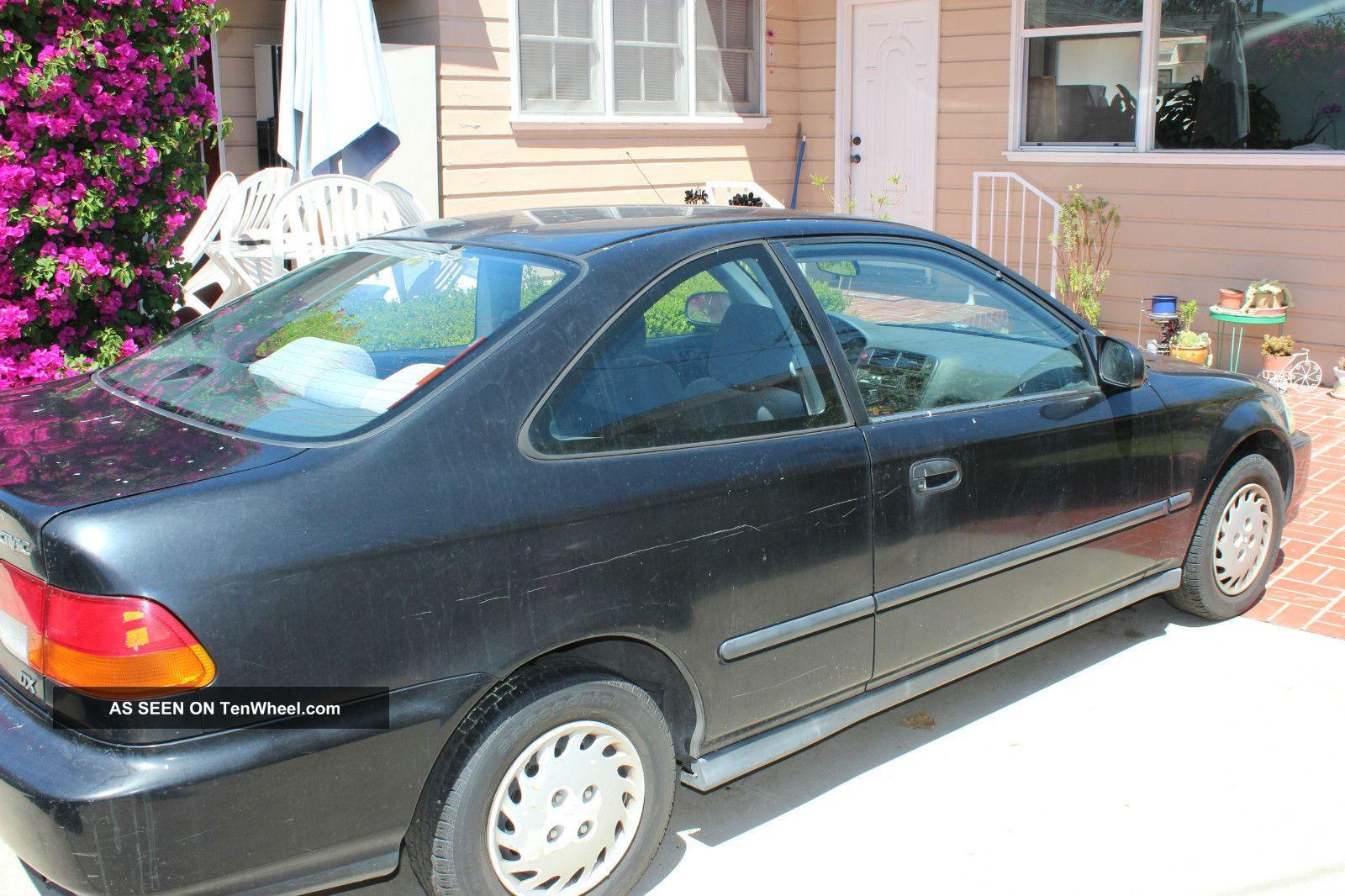 1996 Honda Civic Dx Coupe 2 - Door 1.  6l Civic photo
