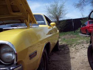 1970 Dodge Challenger R / T 440 4 Speed Dana photo