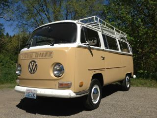 1970 Vw Deluxe Transporter photo