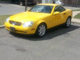 1999 Mercedes - Benz Slk230 Kompressor Convertible 2 - Door 2.  3l photo