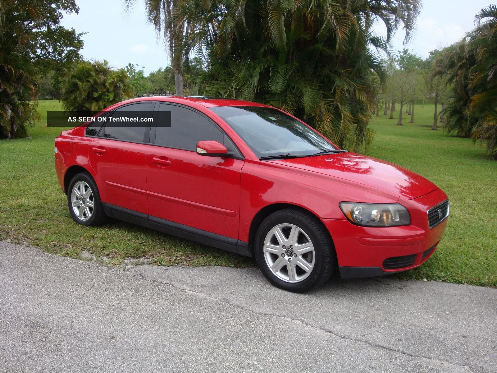 2006 volvo s40 2 4i sedan 4 door 2 4l title. Black Bedroom Furniture Sets. Home Design Ideas