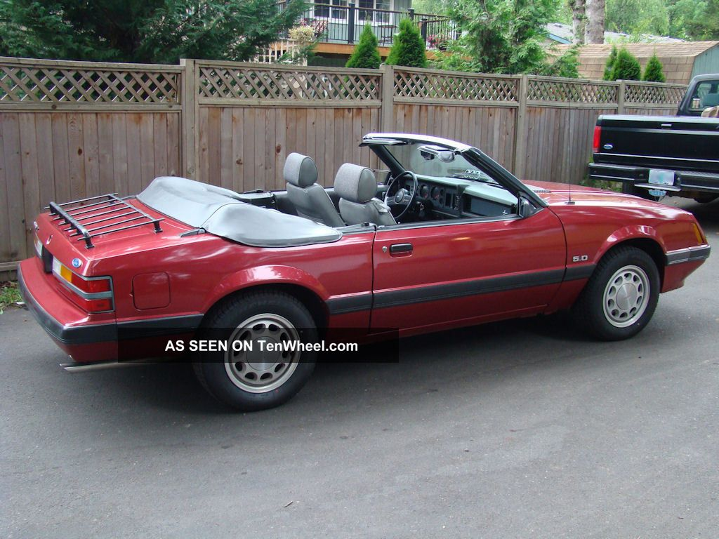 1985 ford mustang lx convertible with 5 0 302. Black Bedroom Furniture Sets. Home Design Ideas