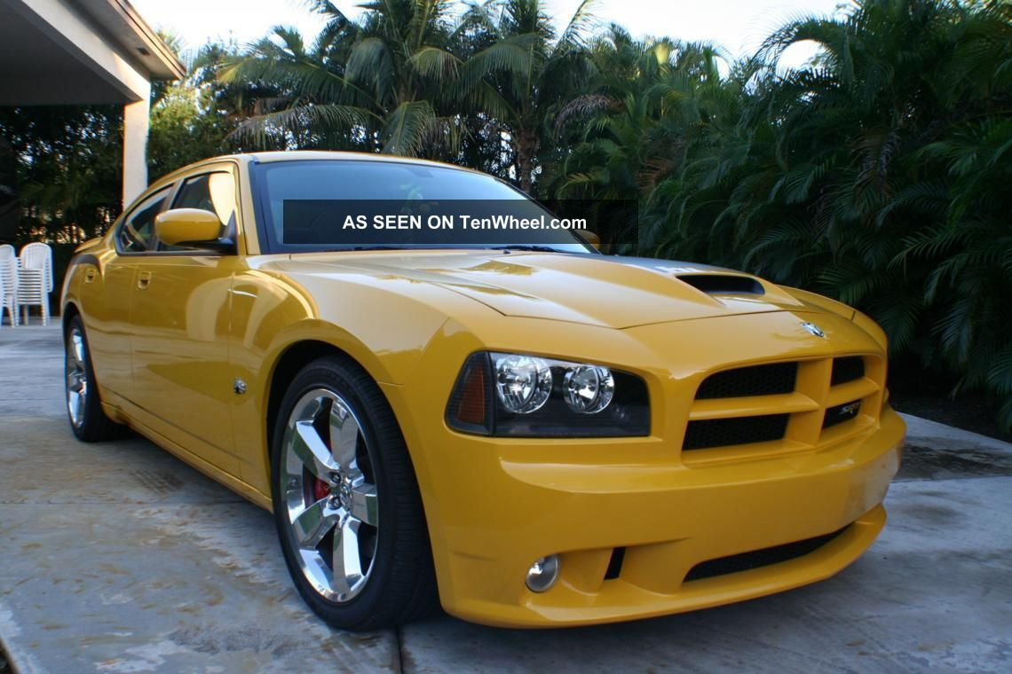 2007 Dodge Charger Srt8 Bee