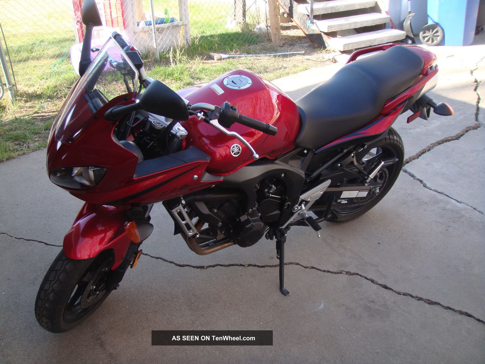 2007 Yamaha Fz - 6 Will Pay $500.  00 Towards FZ photo