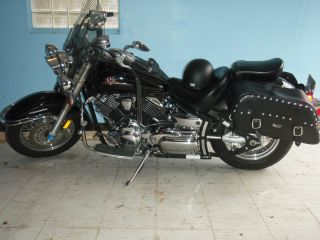 Yamaha 2003 V Star 1100 Motorcycle photo