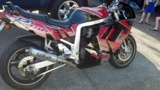 1992 Gsxr 1100 Black And Red photo