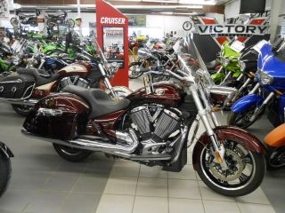 2010 Victory Cross Roads Demo Full photo