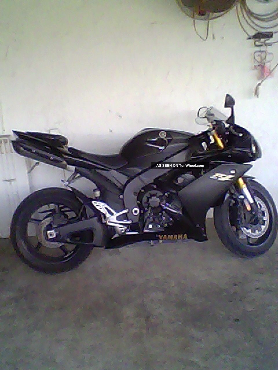 Yamaha R1 2008 YZF-R photo