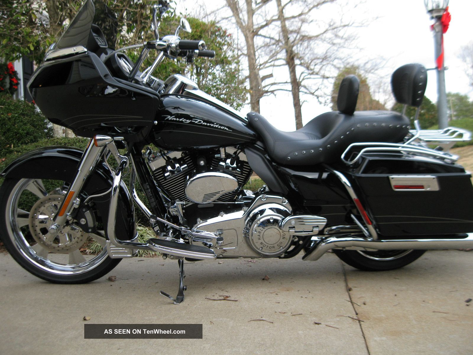 2010 Harley Davidson Road Glide Fltrx Touring photo