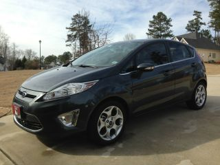 2011 Ford Fiesta Ses Hatchback 4 - Door 1.  6l photo