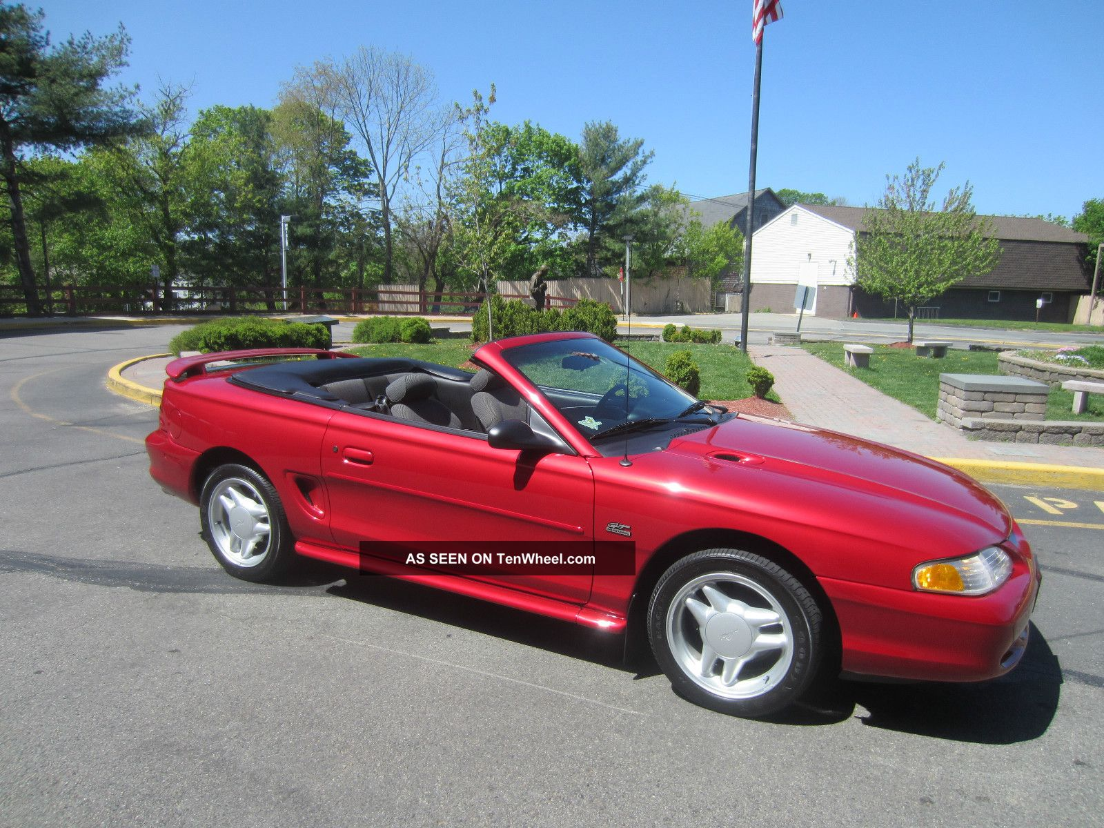 1994 ford mustang gt convertible 2 door 5 0l. Black Bedroom Furniture Sets. Home Design Ideas