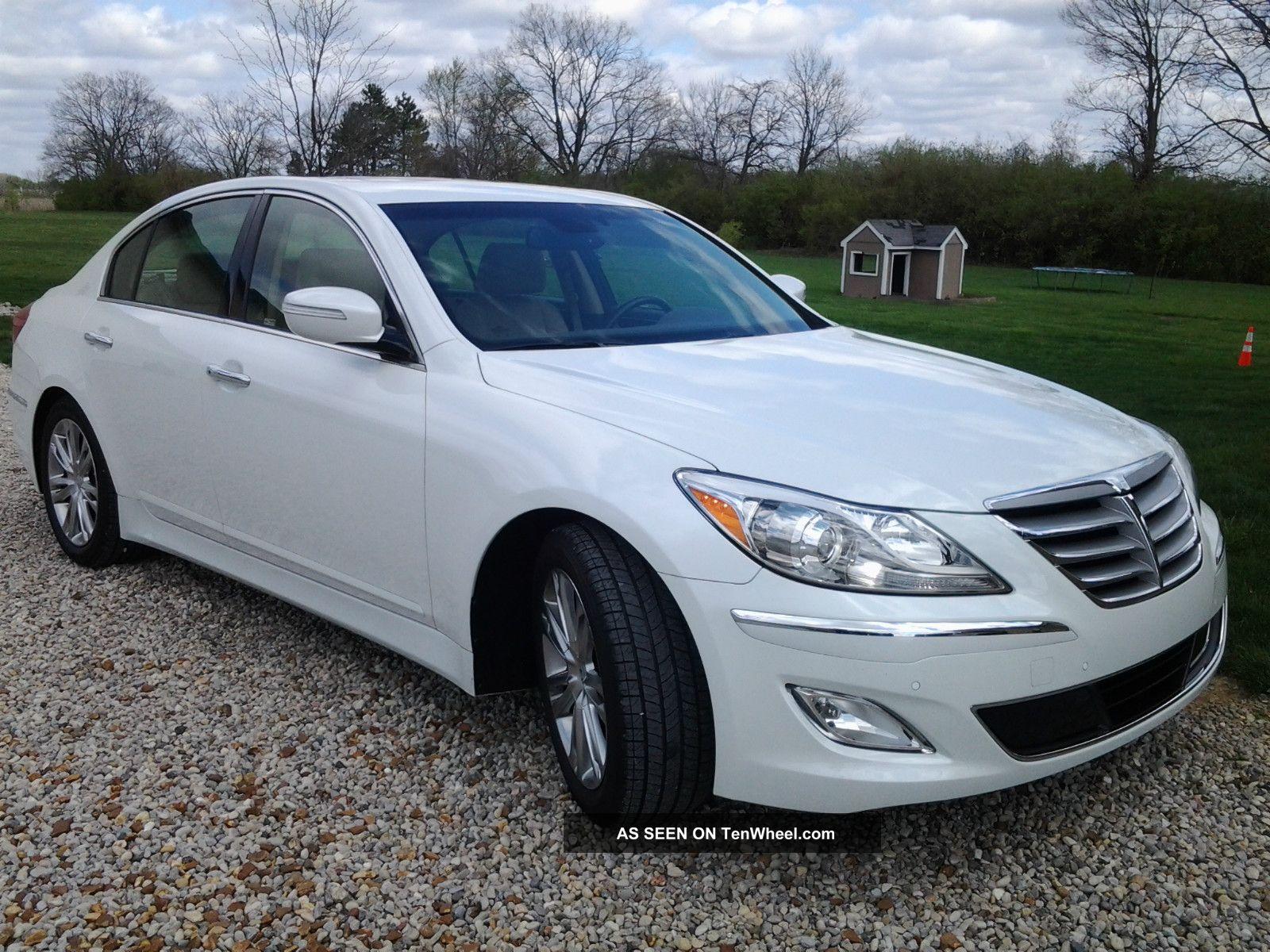 2012 White Hyundai Genesis Sedan 3 8 Cashmere Interior