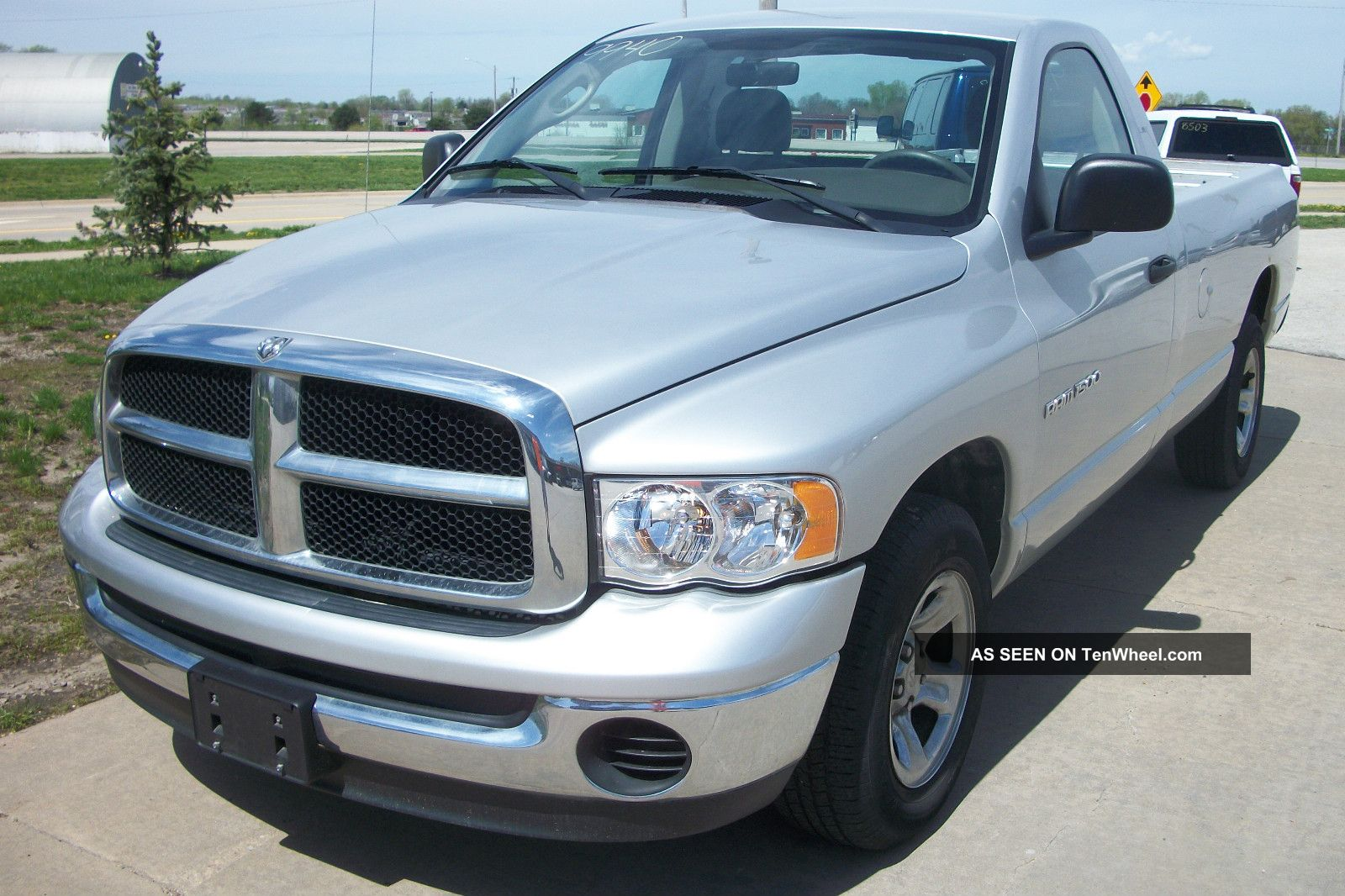 2004 dodge ram 1500 2wd slt reg cab silver tow package 9940. Black Bedroom Furniture Sets. Home Design Ideas