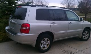 2003 Toyota Highlander photo