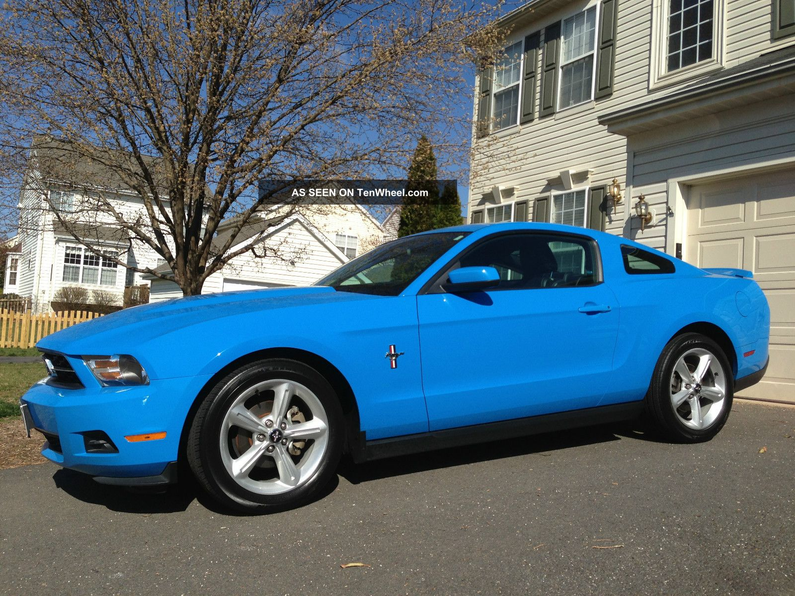 2010 ford mustang v6 pony package review. Black Bedroom Furniture Sets. Home Design Ideas