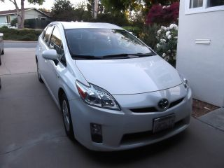 2011 Toyota Prius 4 - Door 1.  8l Blizzard Pearl,  31229 Mi, photo