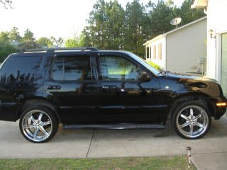 2003 Mercury Mountaineer Base Sport Utility 4 - Door 4.  0l photo