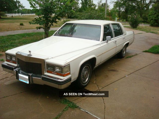 1987 Cadillac Brougham Base Sedan 4 - Door 5.  0l Other photo