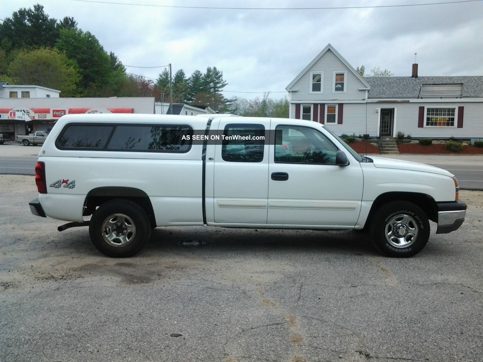 2003 chevrolet silverado 1500 ls extended cab 4x4 w matching cap. Black Bedroom Furniture Sets. Home Design Ideas