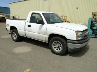 2005 Chevrolet Silverado 1500 Short Bed 4wd photo