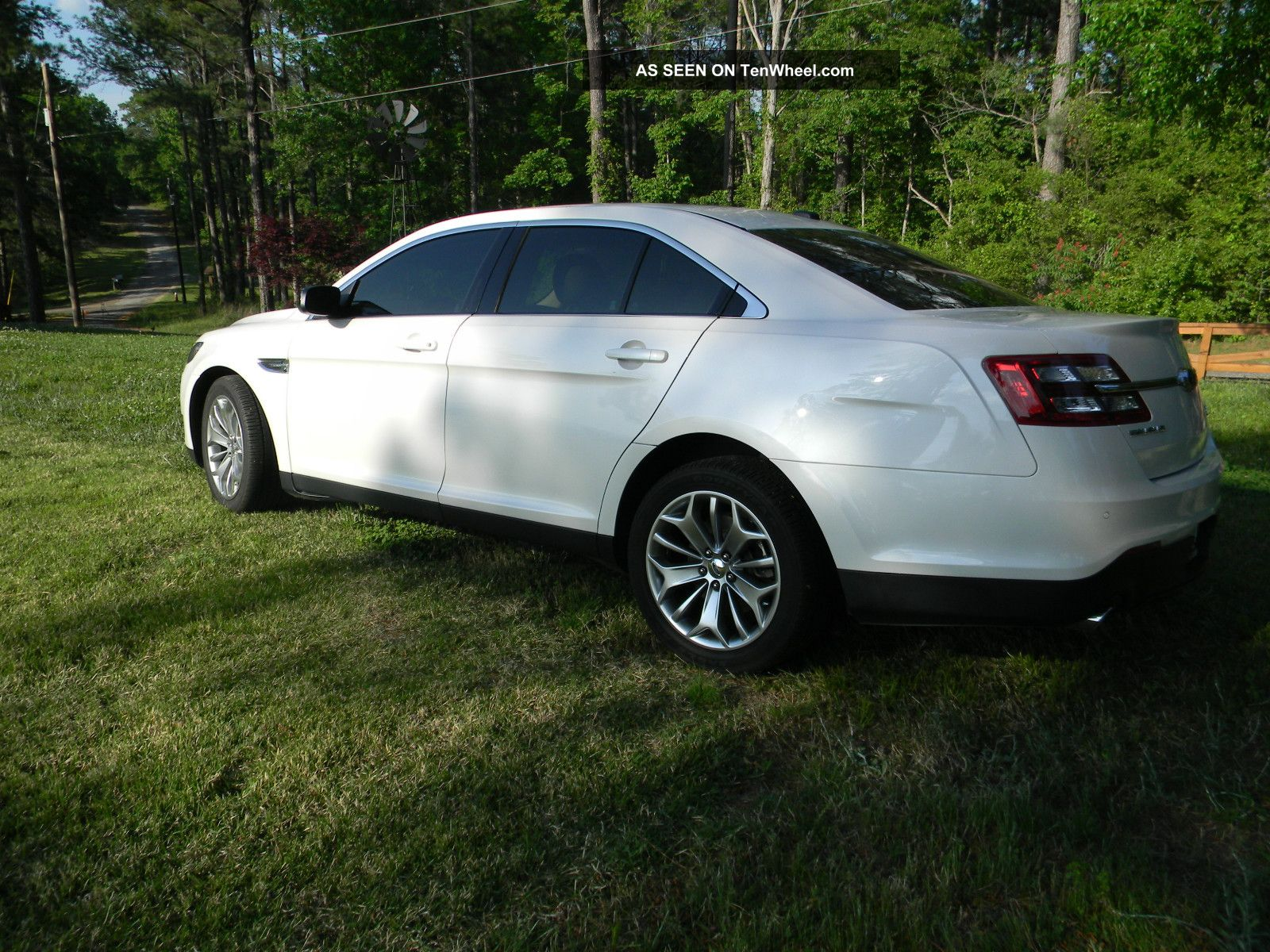 2013 ford taurus limited sedan 4 door 3 5l taurus photo. Cars Review. Best American Auto & Cars Review
