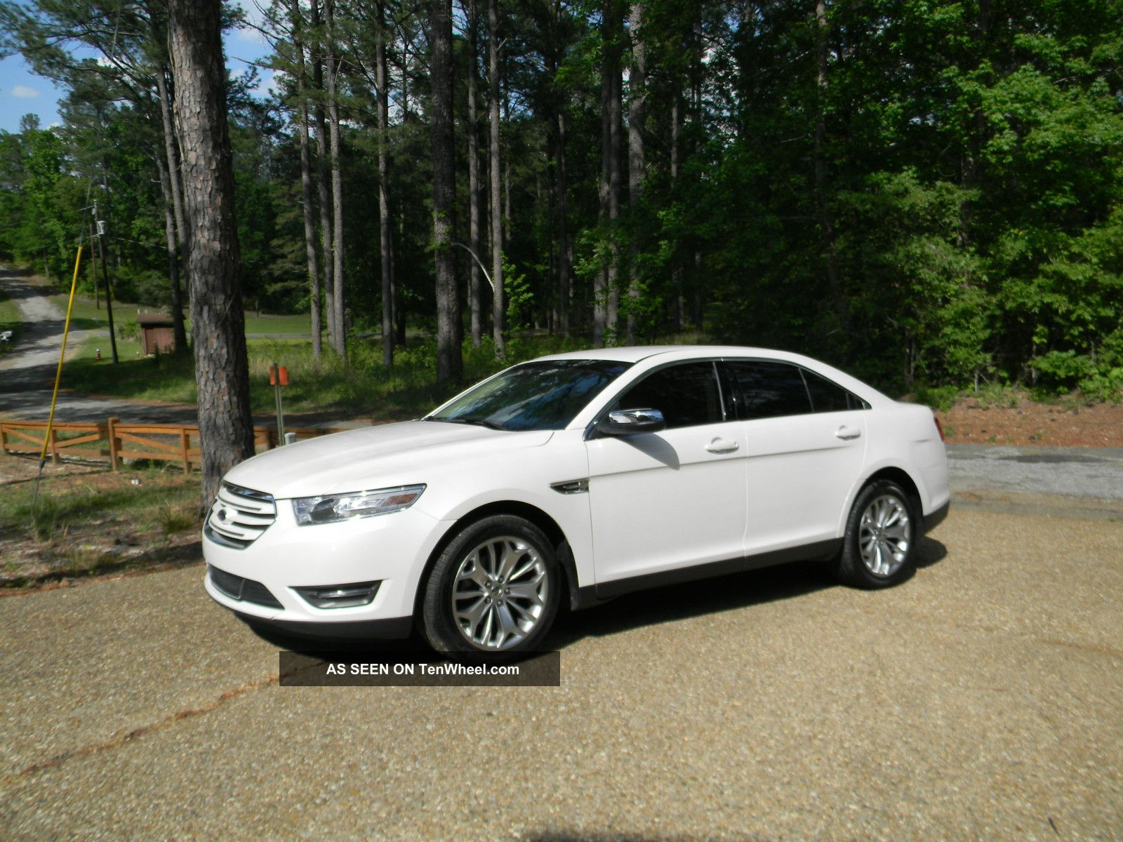2013 ford taurus limited sedan 4 door 3 5l taurus photo 7. Cars Review. Best American Auto & Cars Review