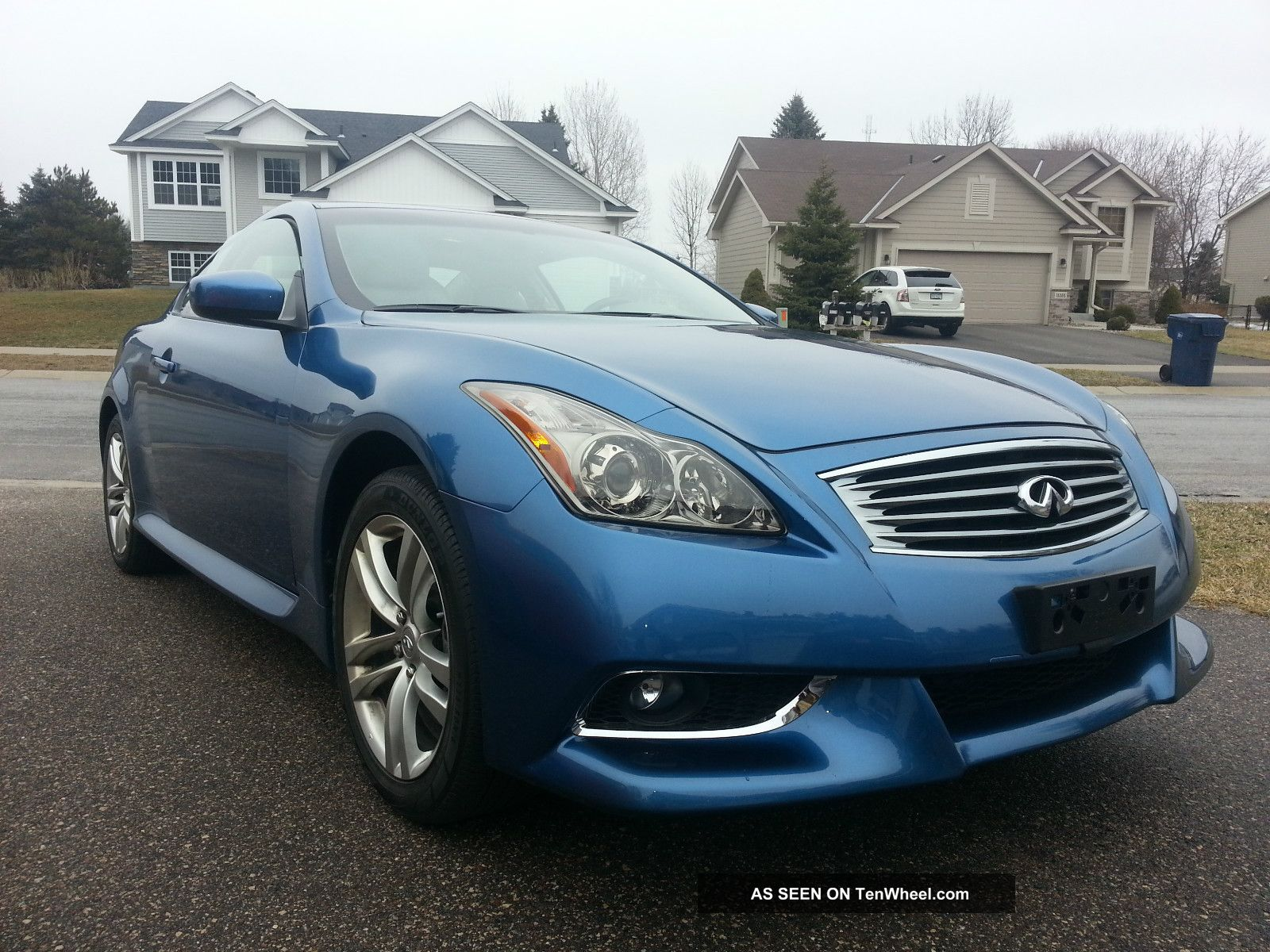 2011 infinity g37x coupe awd. Black Bedroom Furniture Sets. Home Design Ideas