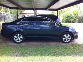 2009 Volkswagen Jetta Sedan 4dr Auto Se - - Owner photo