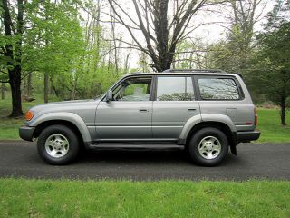 1995 Toyota Land Cruiser Supercharged With 4x4 And 3 Rows Of Seats photo