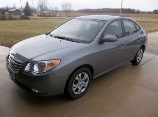 2010 Hyundai Elantra Se Sedan 4 - Door 2.  0l photo