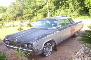 1964 Oldsmobile 98 photo