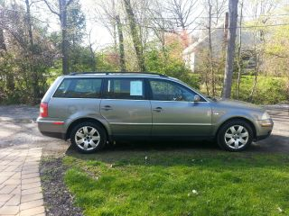 2002 Volkswagen Passat Glx 4 Motion Wagon 4 - Door 2.  8l photo