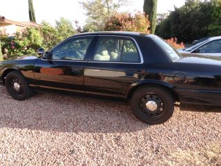 2008 Ford Crown Vic Police Interceptor P71 photo