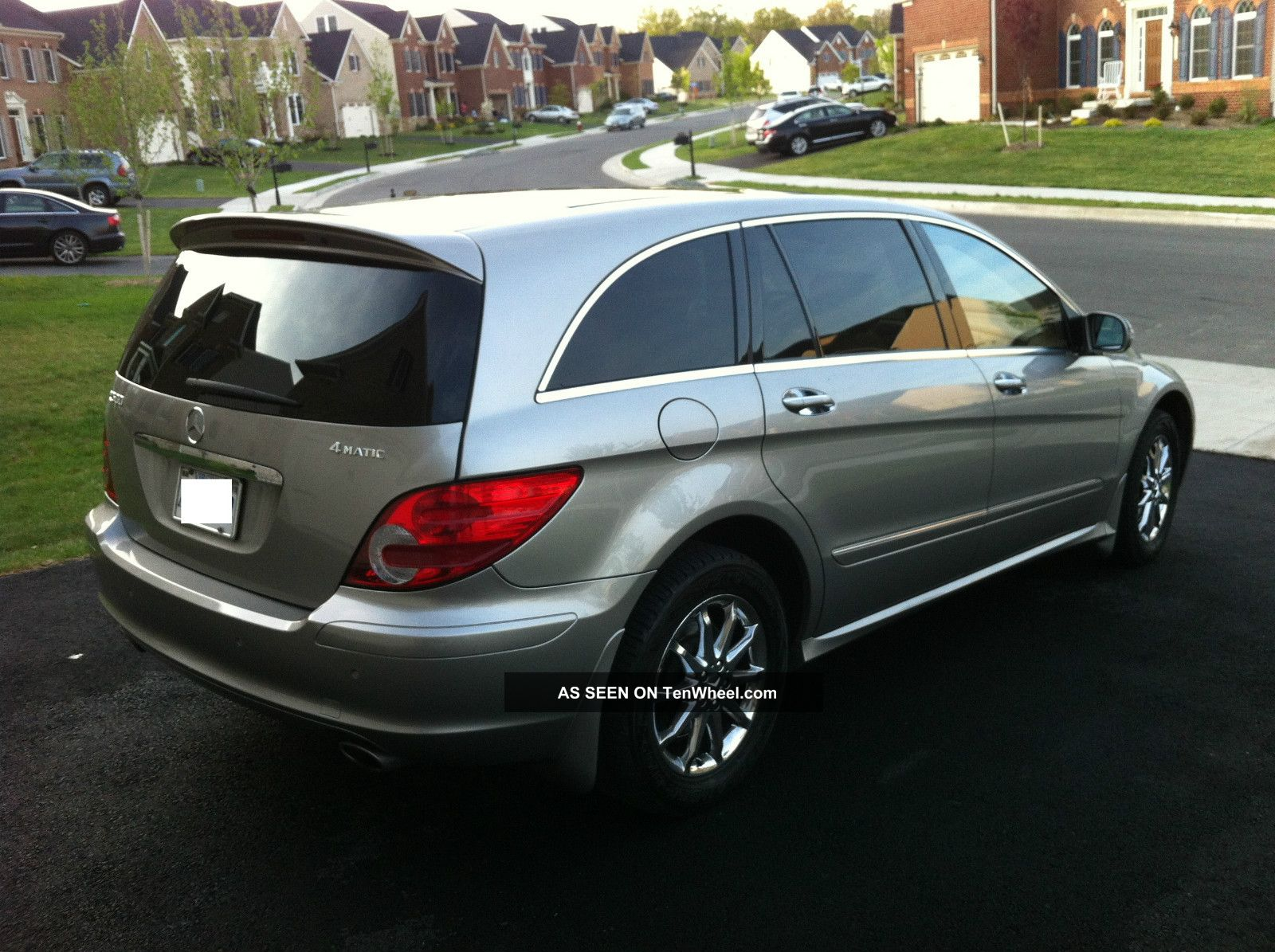 class side news r suv benz mercedes magazine view automobile