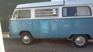 1973 Volkswagen Camper photo