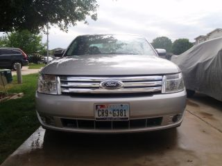 2009 Ford Taurus Sel photo
