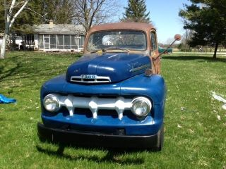 1951 Ford F - 5 photo