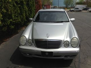 2001 Mercedes - Benz E320 4 - Door C14612127) photo