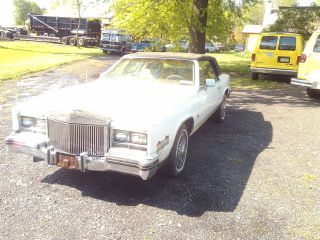 1985 Cadillac Eldorado Cabriolet Coupe 2 - Door 4.  1l photo